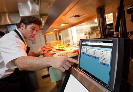 Kuhinjski monitor se postavi u kuhinju